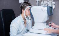 Khám chuyên sâu trước phẫu thuật điều trị Tật khúc xạ
