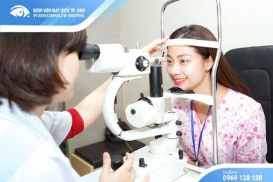 ReLEx SMILE - Công nghệ hiện đại giải cứu những cô nàng kính cận